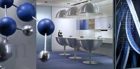 עיצוב משרד מןדרני כחול כסוף