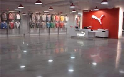 חנות בגדים מעוצבת