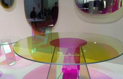 ריהוט מזכוכית צבועה – שבוע העיצוב במילאנו 2016