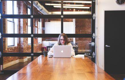 כיצד עסקים יכולים לתכנן את השיבה למשרד?